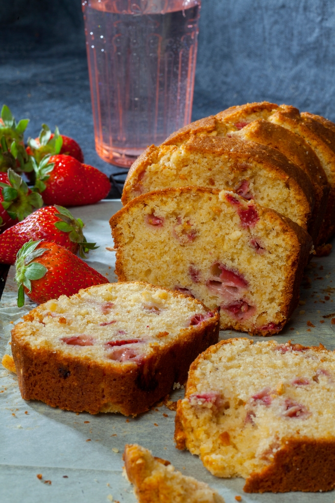 strawberry loaf cake.jpg