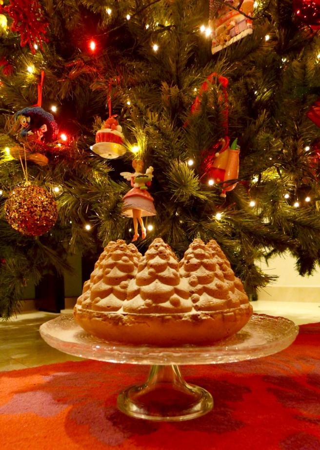 WHITE CHOC CAKE.jpg