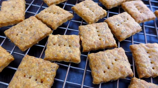 cheese crackers2.jpg