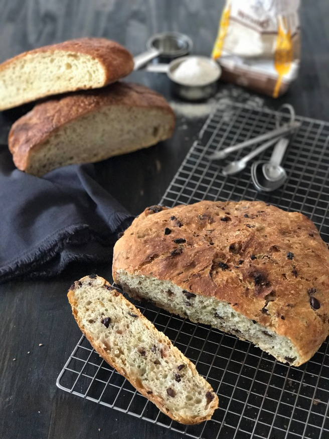 olive-bread-4